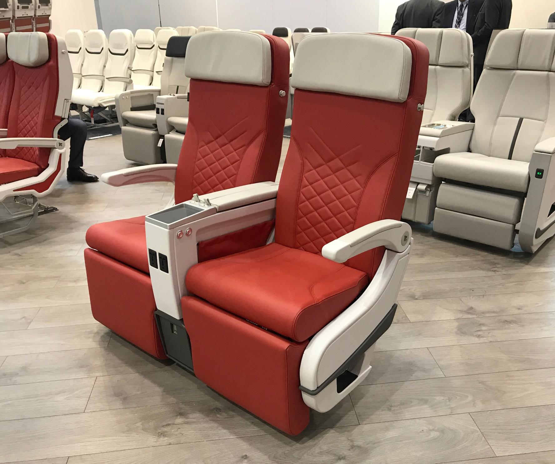 Aviointeriors new Premium Economy Class seat – CARAVAGGIO